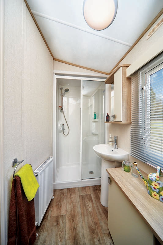 Family Shower room Carnaby Oakdale